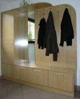 Garderobne omare iz hrasta