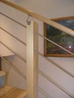 Lesena stopniscna ograja rosfraj inox