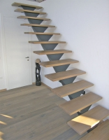Stopnice zelezna konstrukcija