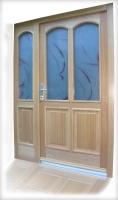 Varnostna lesena vhodna vrata