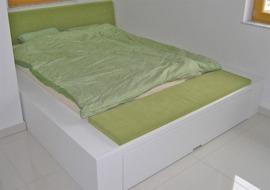 masivne-postelje